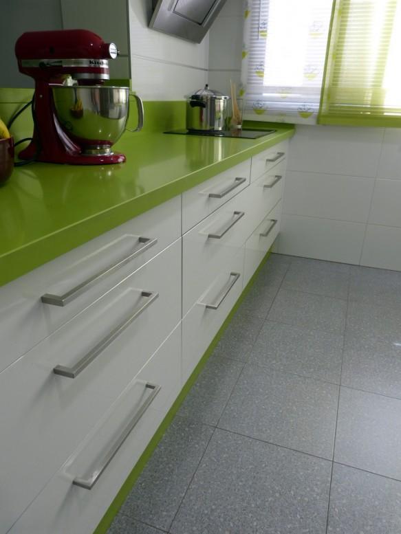 Renueva el look de tu cocina cambiando los tiradores. - Lamiplast